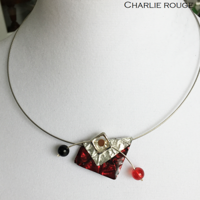 Collier Charlie rouge